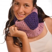 crochet cowl from squares